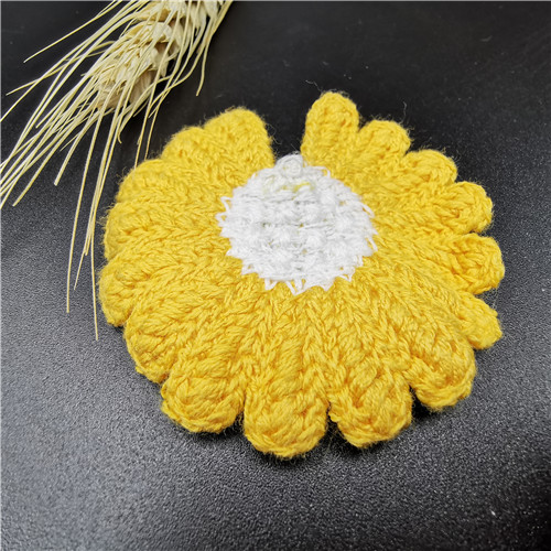 Hot Sale Sunflower Embroidered Kids Patch For Garment